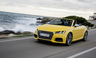 Audi introduce sportivul TTS Roadster